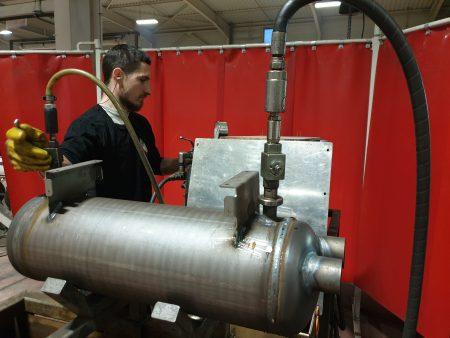 Test sous pression hydraulique à 100 bars